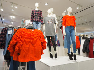 Problems With Logistics System Rollout Cost H&M $44M