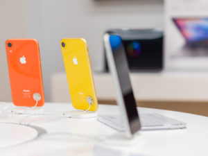 Mass Production of iPhones Moves to India