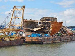 Sliding Freight Rates Send More Big Bulk Ships to Scrapyards
