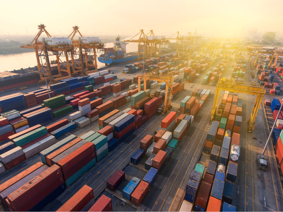 Three Ways to Use Global Trade Data to Gain Competitive Advantage
