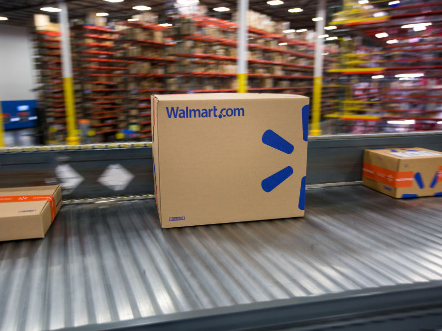 Walmart Subsidizing Some Vendors in Price War With Amazon