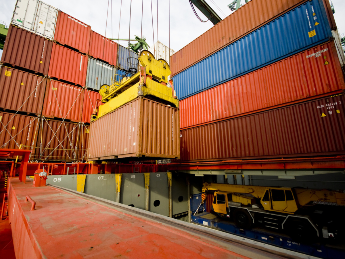 Global Container Shipments Set to Fall