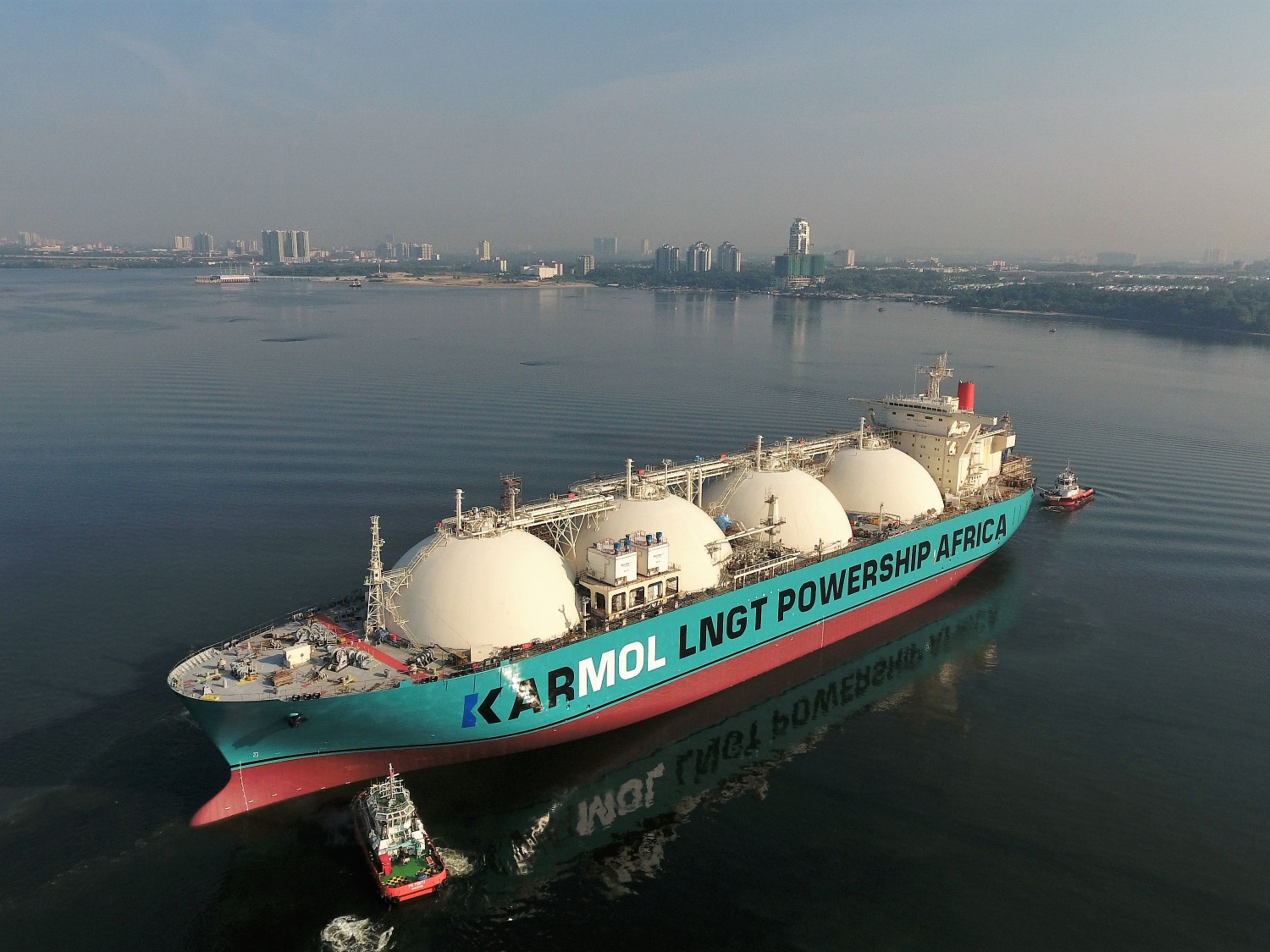 Mobile Power Plants Are Taking to the High Seas