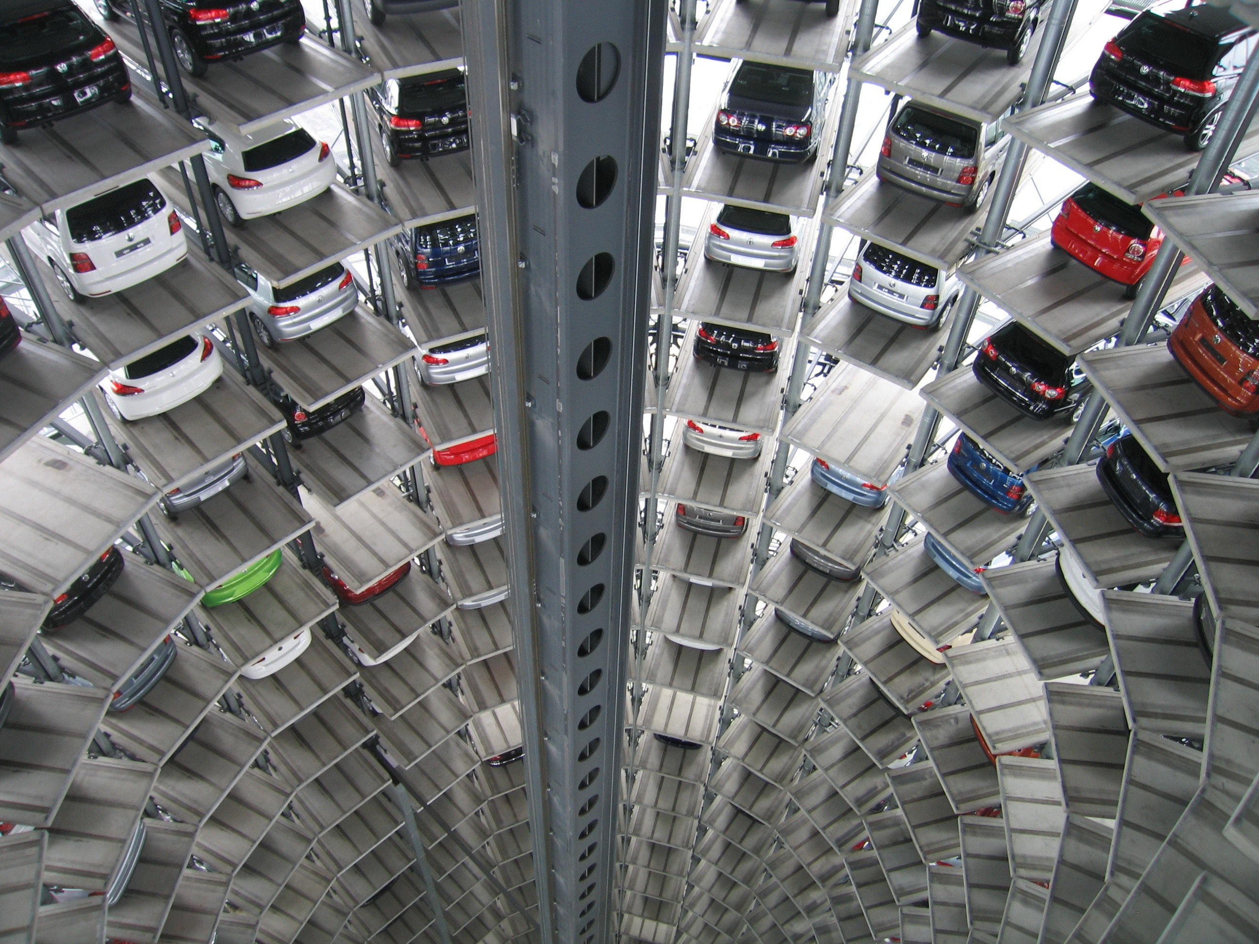 America's Massive Used-Car Inventory Is Getting the EBay Treatment