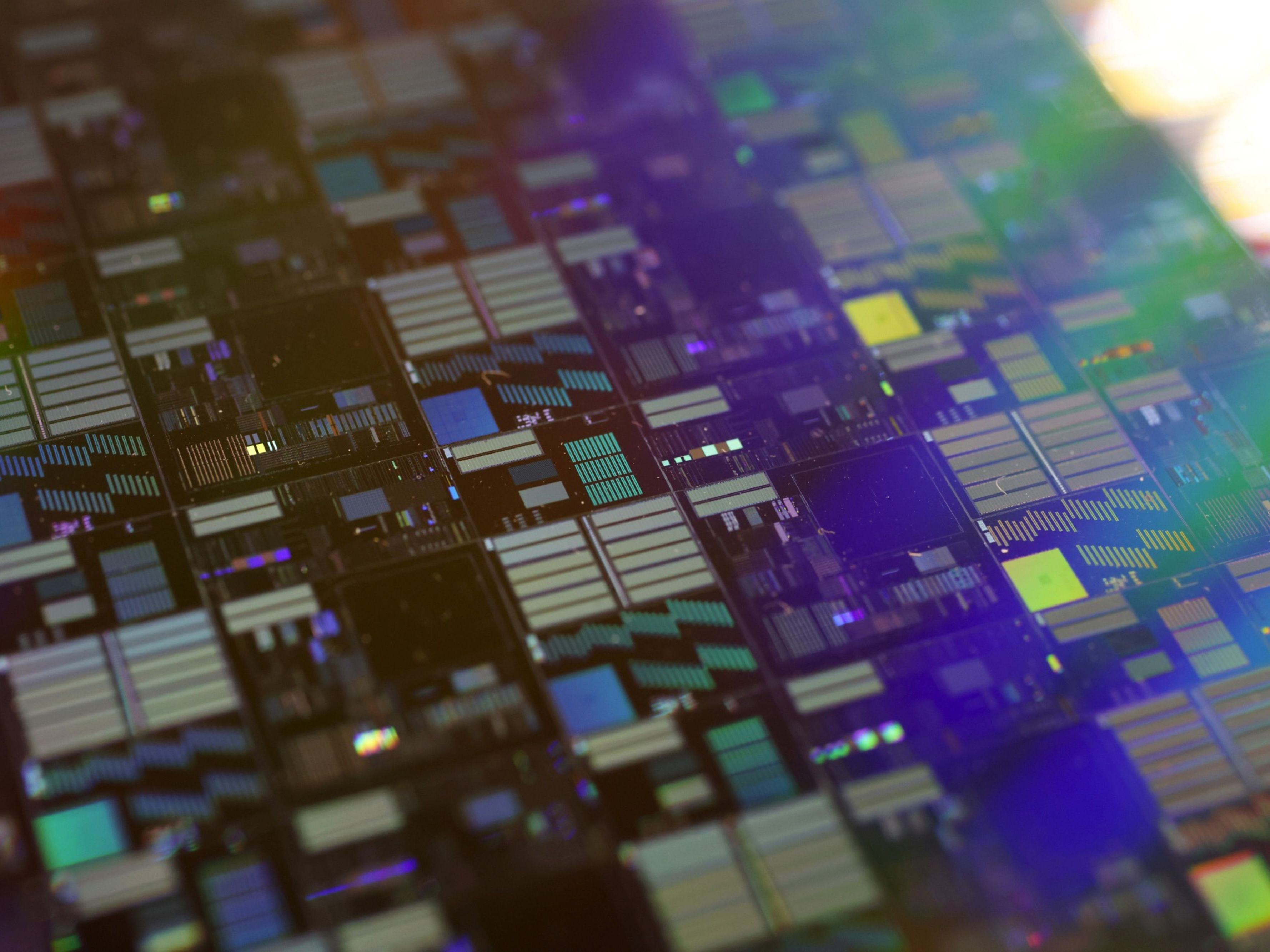 0218 semiconductor