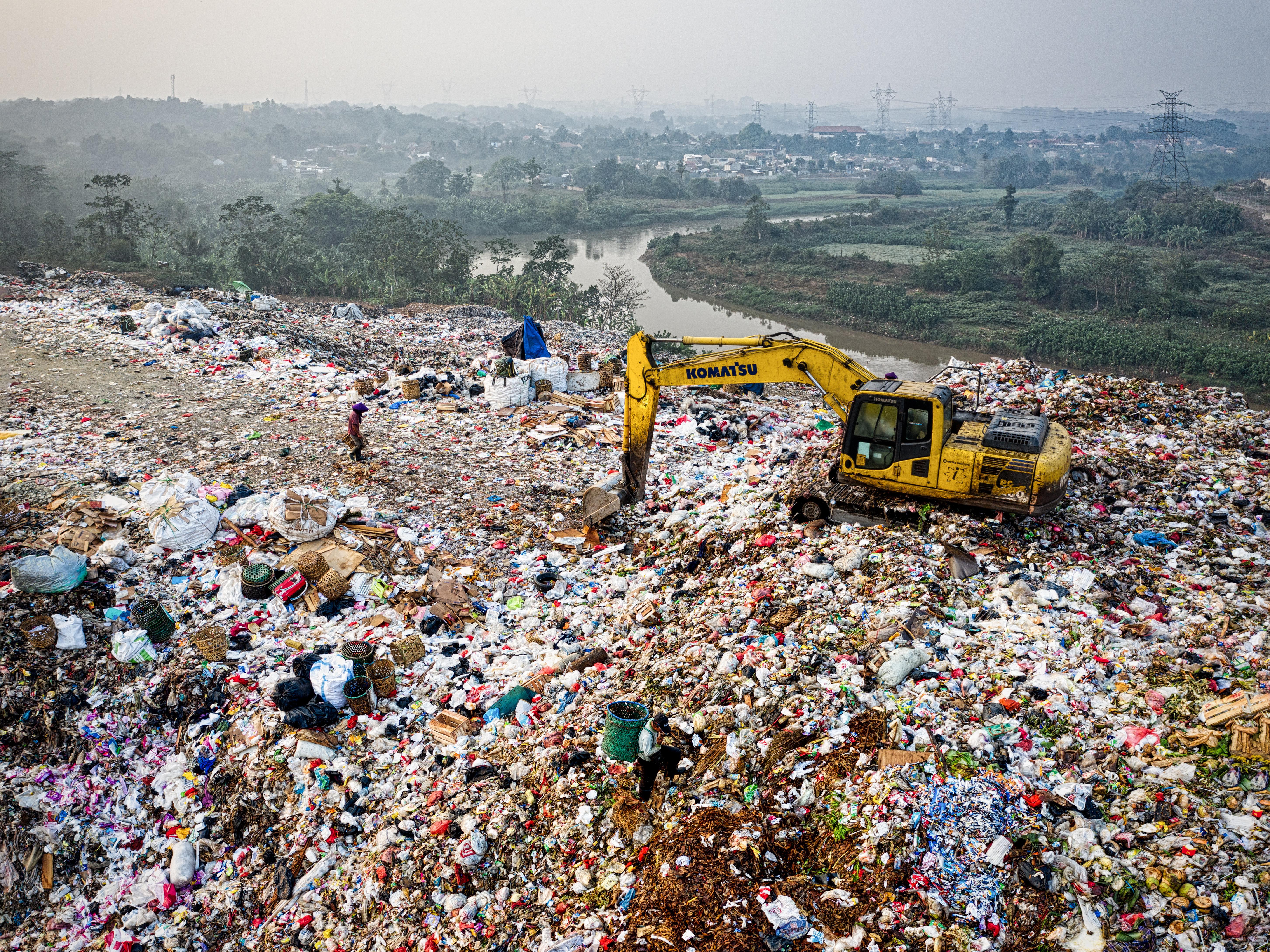 Local Hazards Grow as States Ship Garbage Overflow