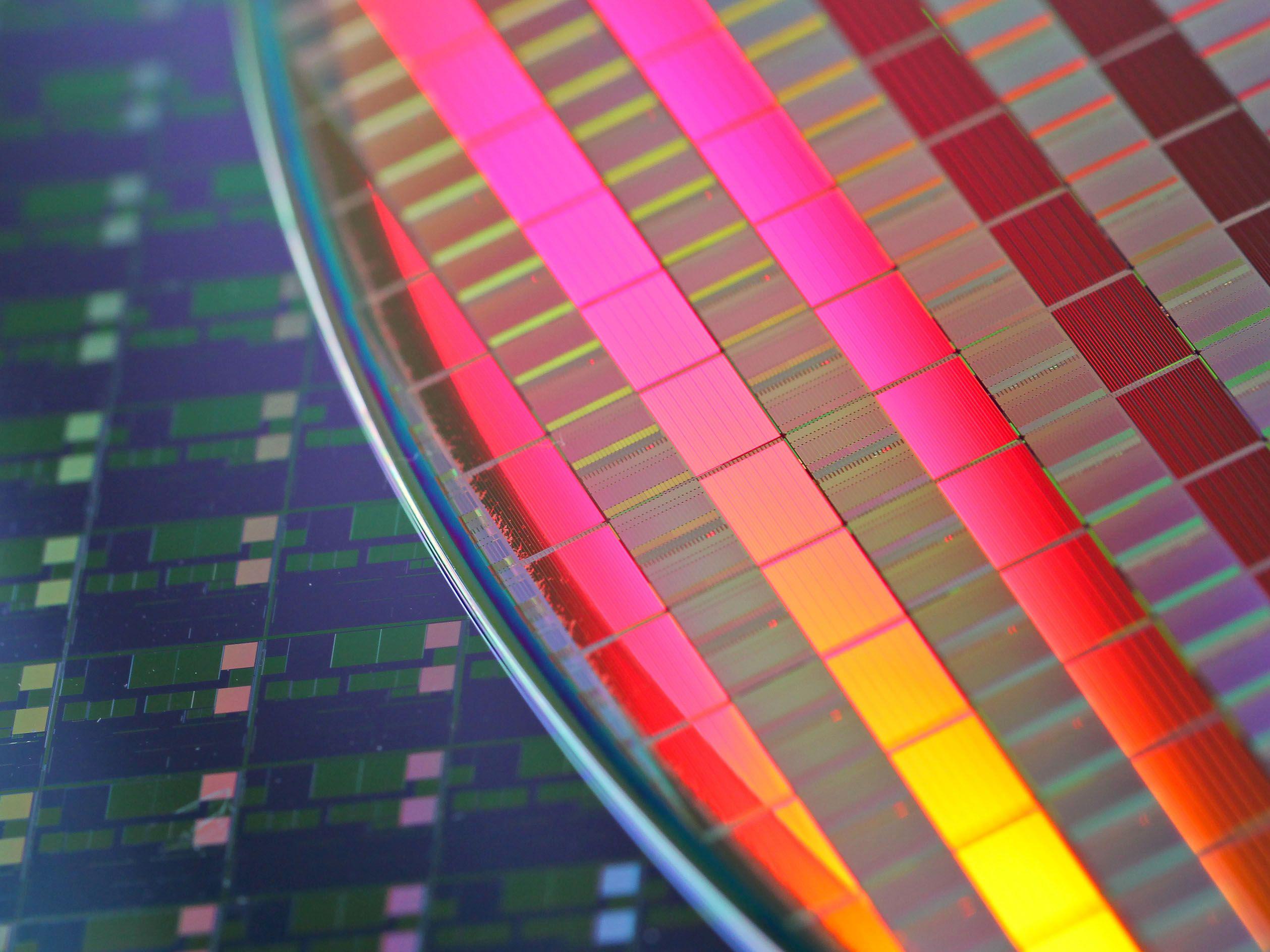Top Global Chipmakers Resist Biden Bid for Supply Chain Data